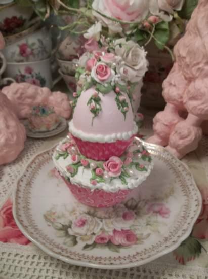 (Pink Egg Cupcake) Fake Cupcake