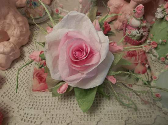 (Rosaline) Handmade Paper Rose Clip