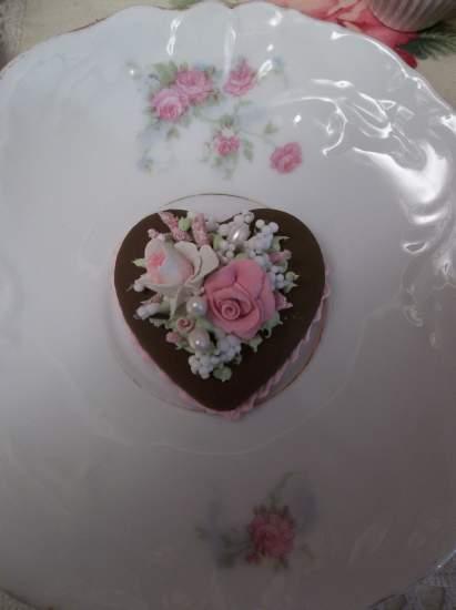 (A Little Love) Mini Marvel Small Cake