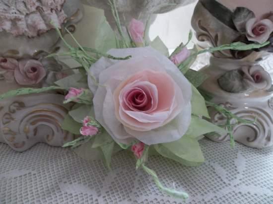 (Merilauna) Handmade Paper Rose Clip