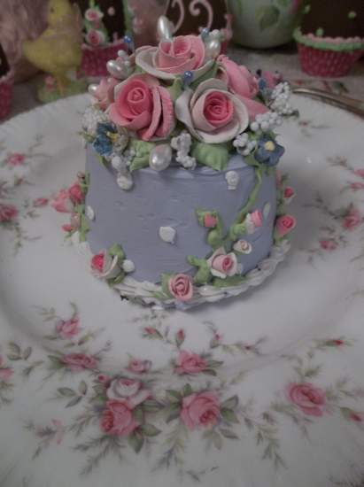 (Jill Anne) Funky Junk Fake Cake
