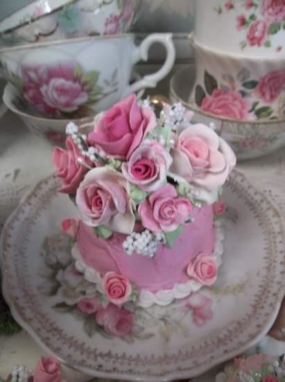 (Pink Paris Dream) Funky Junk Fake Cake