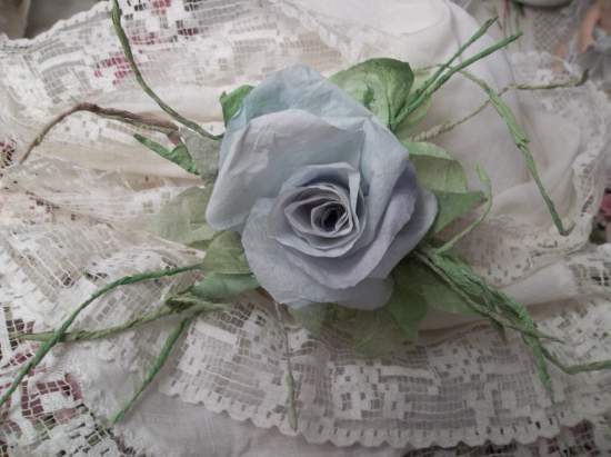 (Fair Sky) Handmade Paper Rose Clip
