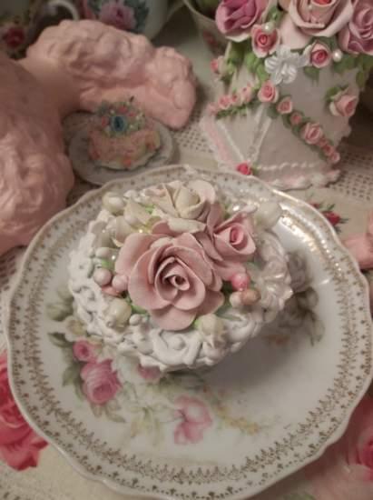 (Fairest Victoria) Fake Cupcake
