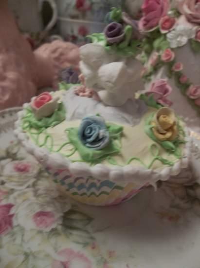 (Petite Roses) Fake Cupcake