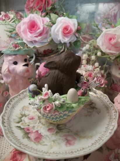 (Chocolate Bunny In Paradise) Fake Cupcake