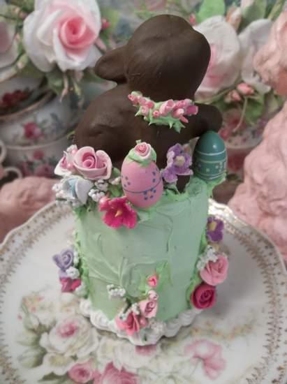 (Easter Joy) Funky Junk Fake Cake