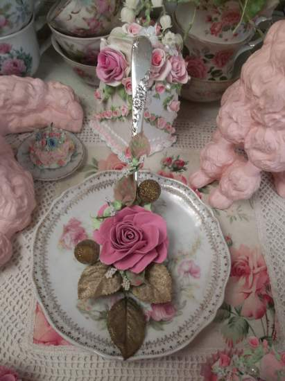 (Glamour Rose) Vintage Decorated Soup Spoon