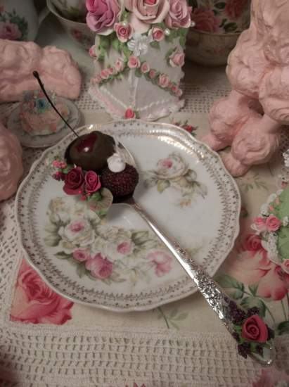 (Fruitie) Vintage Decorated Soup Spoon