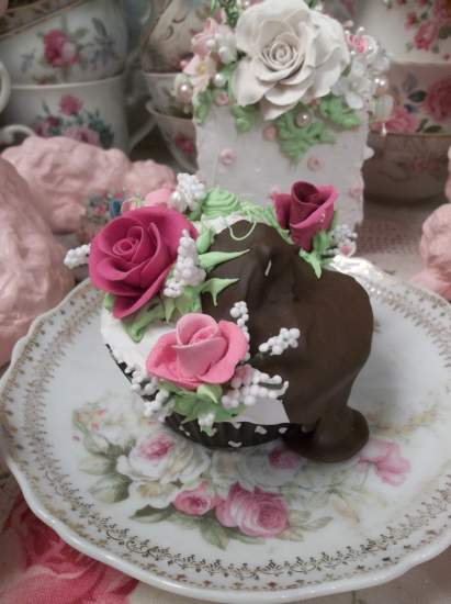 (My Cupcake Runith Over) Fake Cupcake