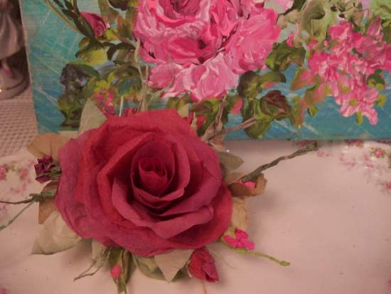 (Davitta Rose) Handmade Paper Rose Clip