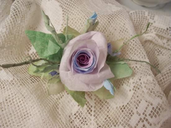 (Violet Eyes) Handmade Paper Rose Clip