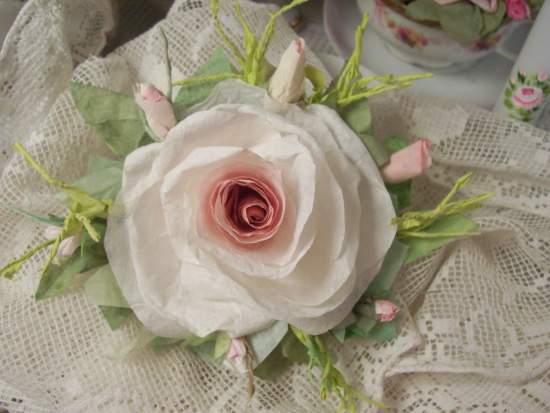 (Karla) Handmade Paper Rose Clip