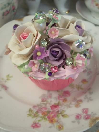 (Gemma Rosa) Fake Cupcake