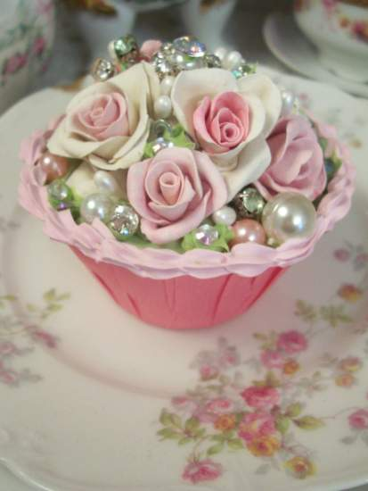 (Jewelie Rose) Fake Cupcake