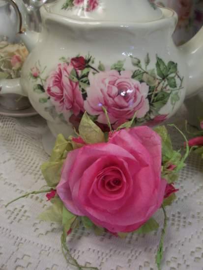 (Michelle) Handmade Paper Rose Clip