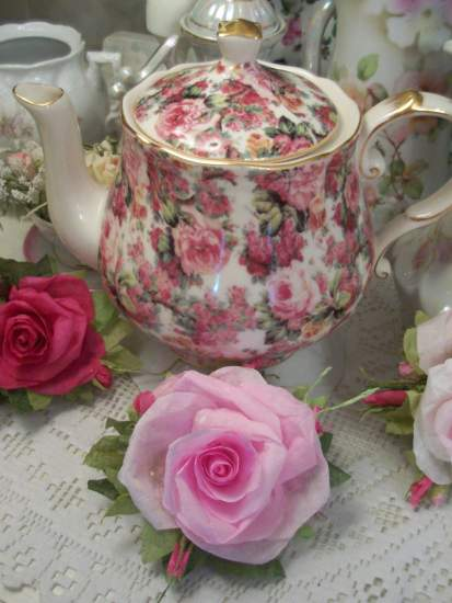 (Rita) Handmade Paper Rose Clip