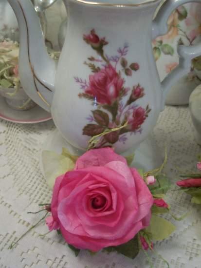 (Beautiful Antoinetta) Handmade Paper Rose Clip