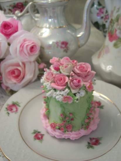 (Esmarelda) Fake Cake
