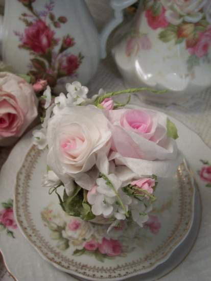 (Christine Cup insert) Paper Rose Display Victorian decor