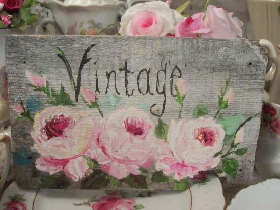 (VERY VINTAGE)  HANDPAINTED ROSES SIGN