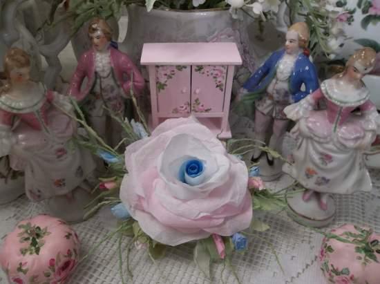 (Sky Bloom) Handmade Paper Rose Clip