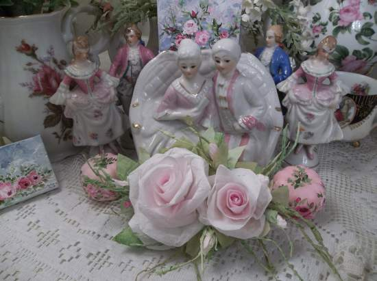 (Pale Roses) Handmade Paper Rose Clip