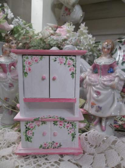(Little White Doll House Hutch) Doll house furniture