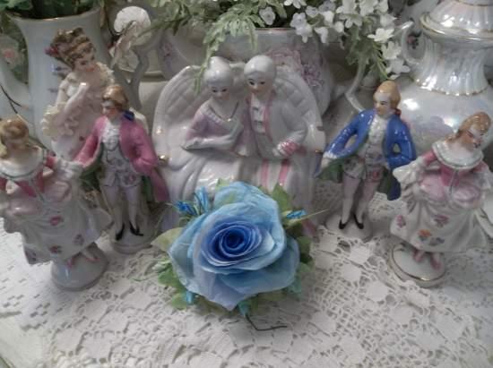 (Blue Eye Fair Skied Roses) Handmade Paper Rose Clip