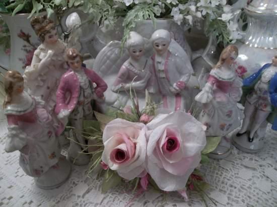 (Vintage Paradise)  Handmade Paper Rose Clip