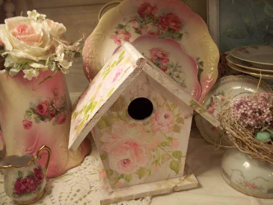 (Edens Heart)  Handpainted Bird House
