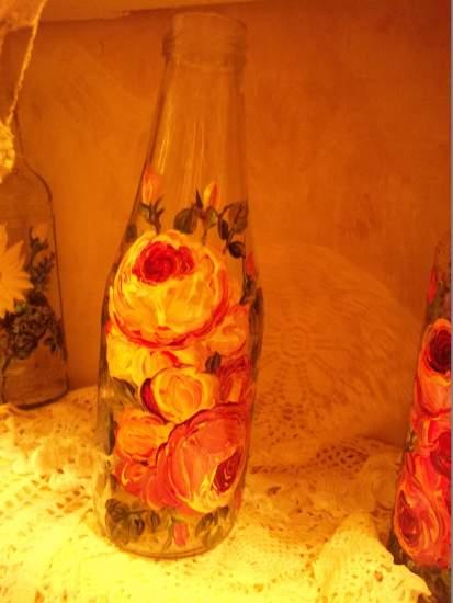 (b11) Hand Painted bottle vase