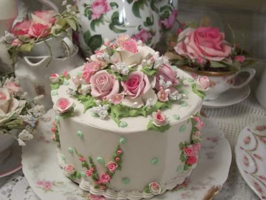 (Beautiful Barbara) Fake Cake