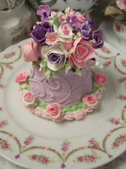 (Perfect Pricilla) Fake Cake
