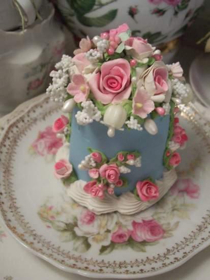 (Lily Blue Bella) Fake Cake