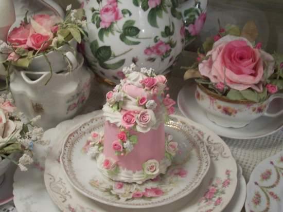 (Pinkie Strawberry Cream) Fake Cake