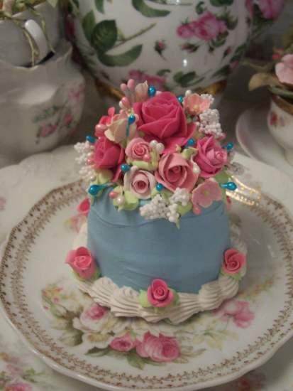 (Cloe FiFi) Fake Cake