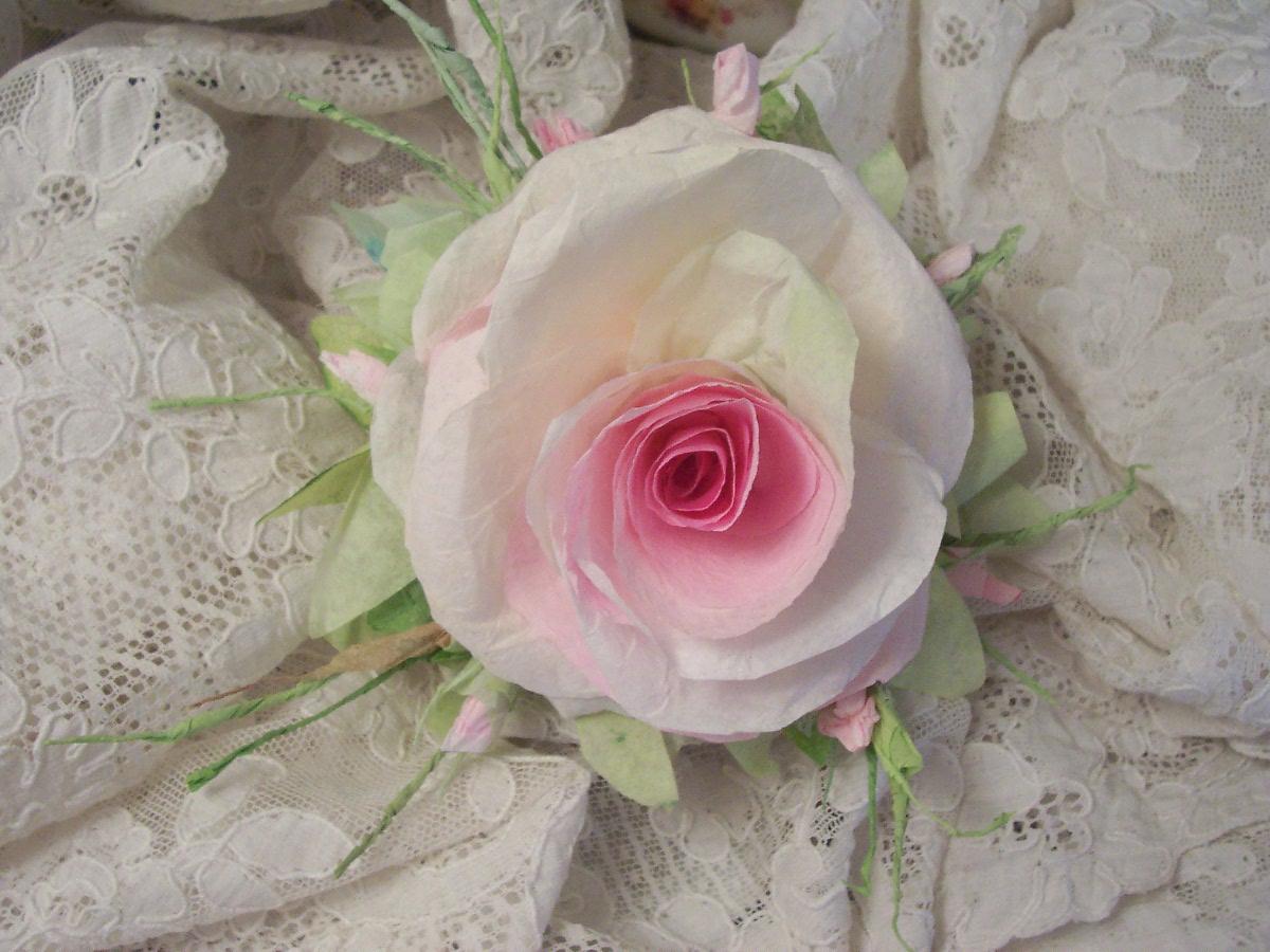 (Camilla) Handmade Paper Rose Clip