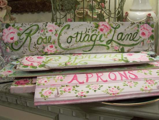 (Rose Garden Lane)  Handpainted Sign