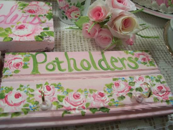 (Pot holder sign A) Handpainted sign