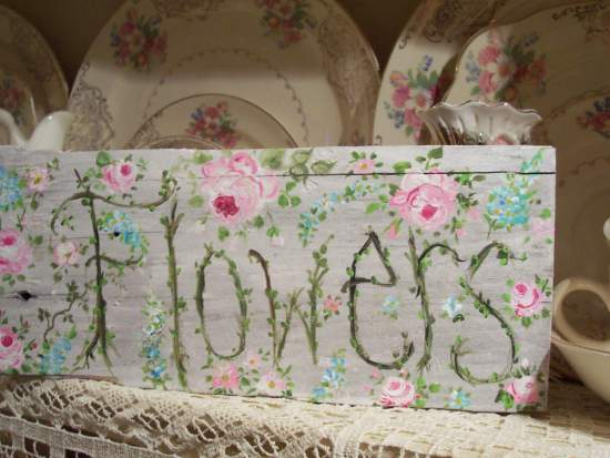 (Sign I)  HANDPAINTED ROSES SIGN