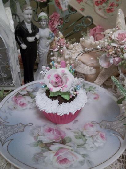 (Polka Dotted Rosie) Fake Cupcake