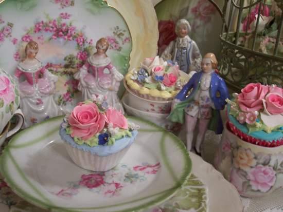 (CyndiRosaCC) Fake Cupcake