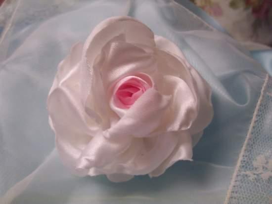 (FannieFaye) Satin Rose