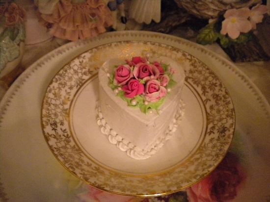 (Kaylee) Fake Cake