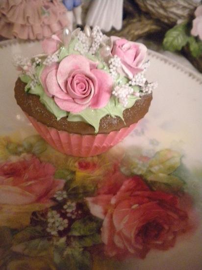 (Vera Anne) Fake Cupcake