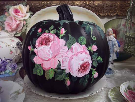 (BlackBeauty) Handpainted Fake Pumpkin
