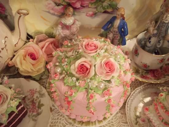(Ms.Maxine) Fake Cake