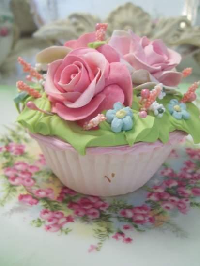 (GloryAnnaCupcake) Fake Cupcake