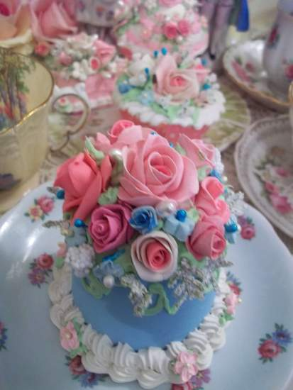 (ForgetMeNotNellie) Funky Junk Fake Cake